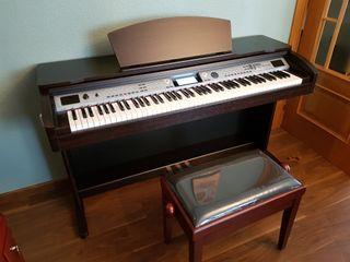 PIANO +BANCO ELEVABLE SIN USO