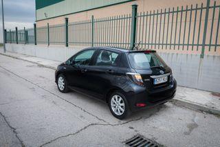 Toyota Yaris Hibrido pocos kms garantía
