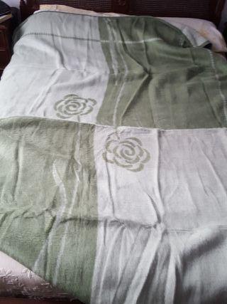 2 mantas para cama 90