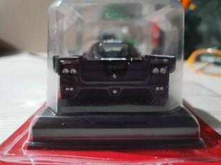 Ferrari FXX escala 1:43