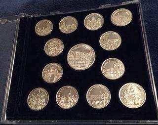 Segunda serie 13 monedas-medallas-arras plata León