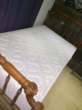 cama antigua+ colchon nuevo