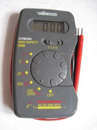 tester electrónica para comprobar voltajes