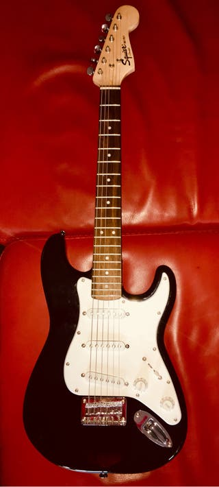 Guitarra eléctrica Fender Squier mini Nueva