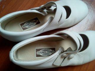 Zapatos niña. num 31