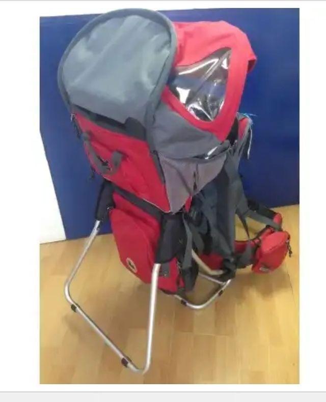 mochila de montaña portabebé