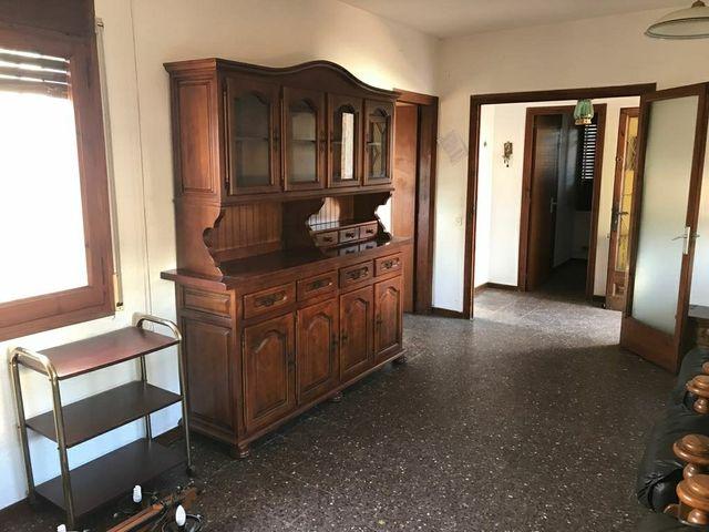 Mueble comedor antiguo y rústico. de segunda mano por 350 € en ...
