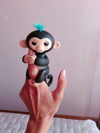 Monito Fingerling Nuevo en Negro