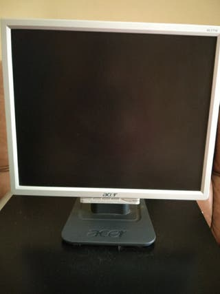 """Monitor LCD ACER -17"""""""