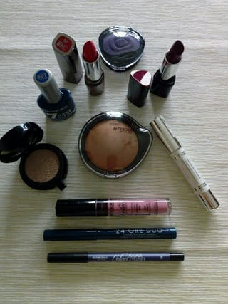 Maquillaje Deborah lote