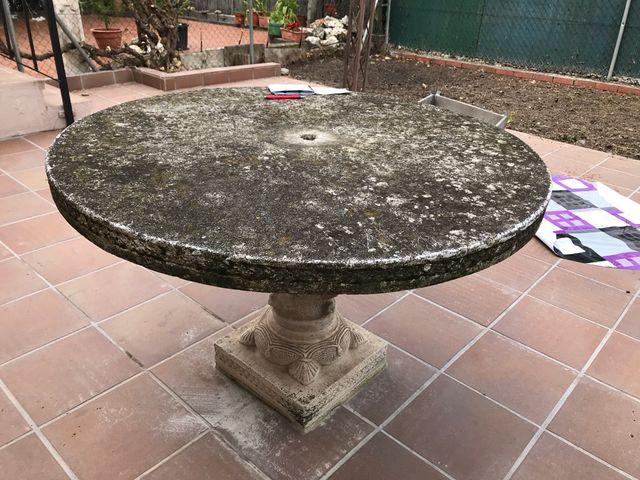 Mesa de piedra para jardin de segunda mano por 100 € en Villaviciosa ...