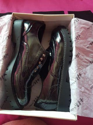 Zapatos sin estrenar, talla 36