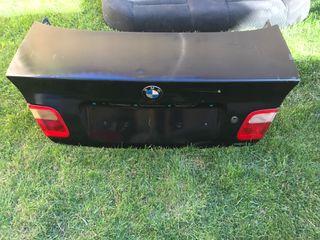 Portón BMW E46