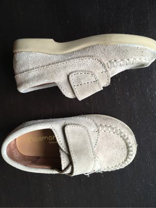Zapatos niño numero 22 beige