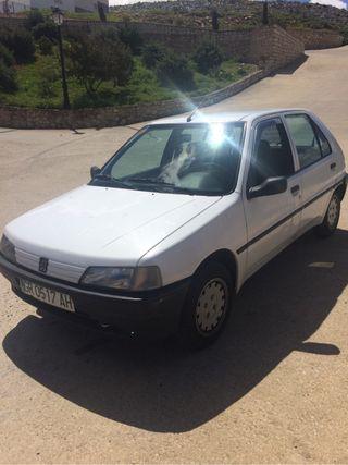 Se vende Peugeot 106 siempre en cochera mejor ver.