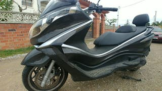 Maxi Scooter Piaggio X10. 350 Executive