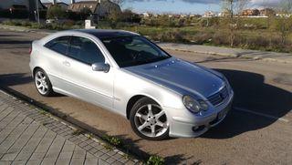 Mercedes-Benz 220 CDI Automático