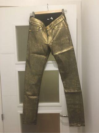 Pantalon dorado