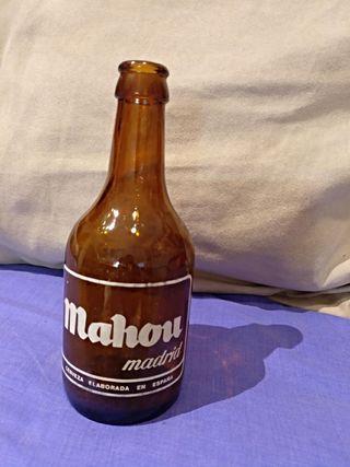 botella de cerveza Mahou antigua