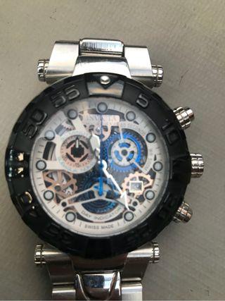 Reloj hombre marca Invicta