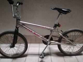bicicleta bmx monty con cuadro de titanio