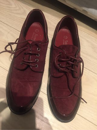 Zapatos granates