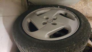 Llantas Fiat Coupé 4x98 16 pulgadas con neumáticos