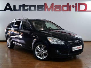 Kia Ceed Sports Wagon 2.0 CRDi Emotion