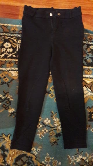 Pantalon ajustado hipica negro.