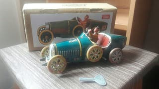 coche hojalata