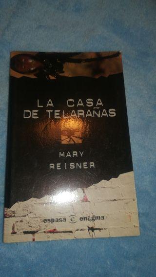 La casa de las telarañas edición 1999.