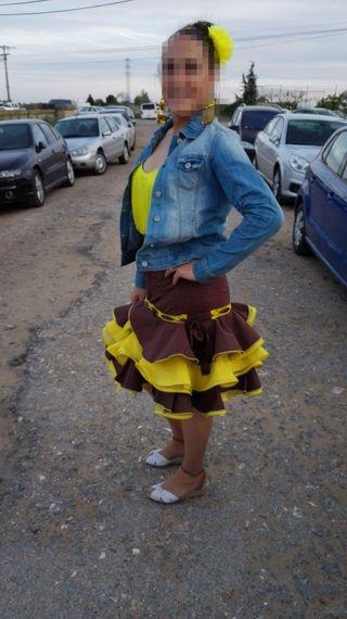 Vestido corto de sevillanas