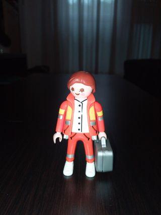 Playmobil Figures Serie 4 chica emergencias