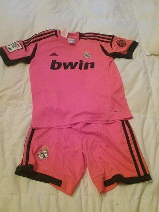 Equipación niño Real Madrid