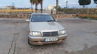 Mercedes-Benz mercedes 220cd 660309867 llama