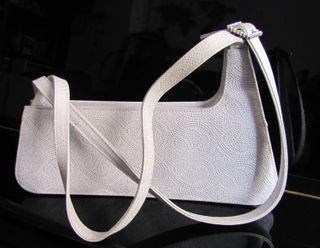 Bolso blanco plata para boda o gala