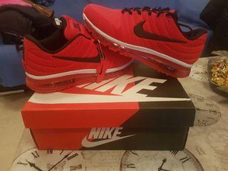 sapatos deportivos