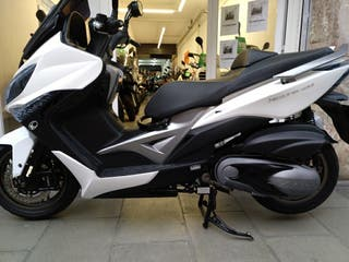 "Kymco Xciting 400i ABS. ""Gerencia"""