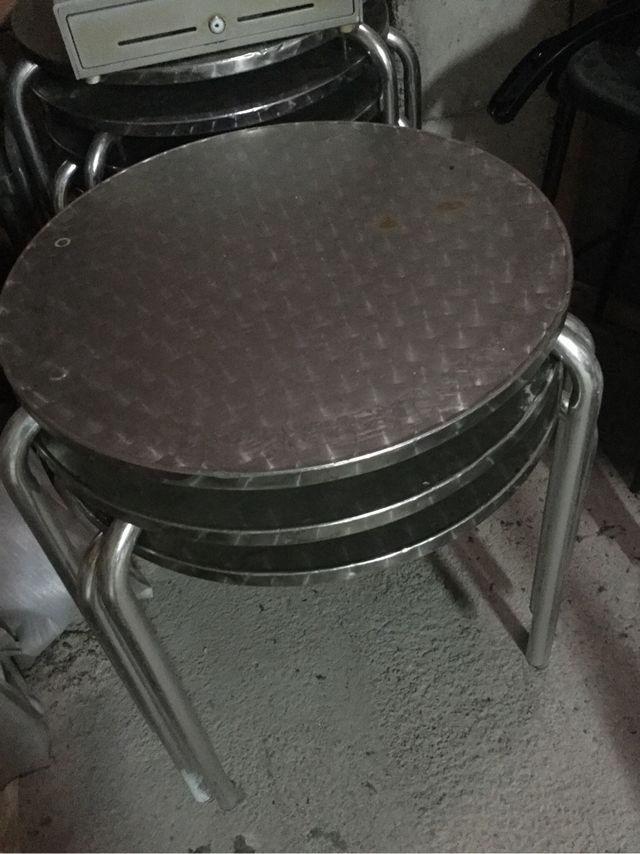 Mesas De Terraza De Bar Metal De Segunda Mano Por 30 En
