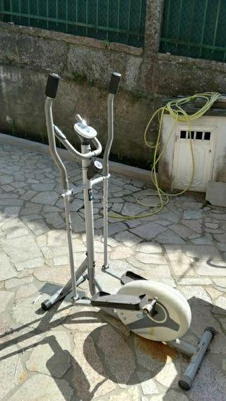 Bicicleta elíptica y estática