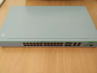 Allied Telesis AT-9000/28 switch