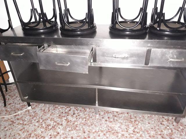 Mesa acero inoxidable con cajones para cocina y es de segunda mano ...