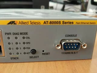 Allied Telesis Series AT-8000S/24 Fast Ethernet Sw
