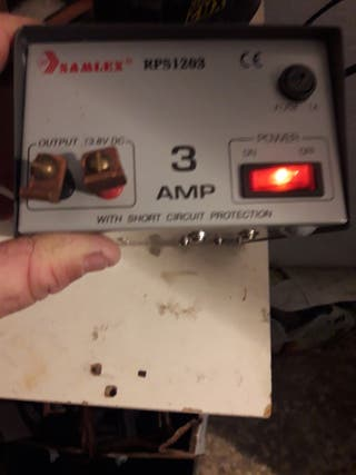 Fuente alimentación SAMLEX RPS 1203