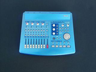 Controlador Interface Audio Tascam US 428 usb