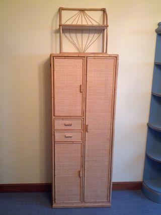 armario de mimbre