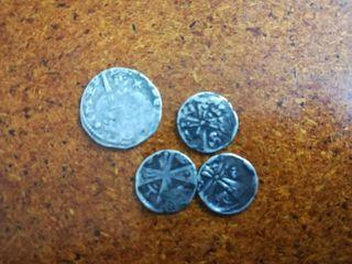 Monedas de plata muy antiguas