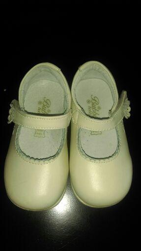 24439566c Zapatos niña numero 22 de segunda mano por 10 € en Alcalá de Henares ...