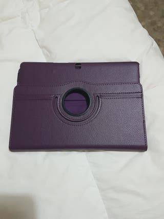 vendo funda tablet BQ M10 + cable HDmi