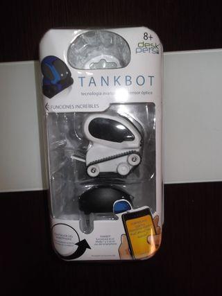 Mascota interactiva TankBot